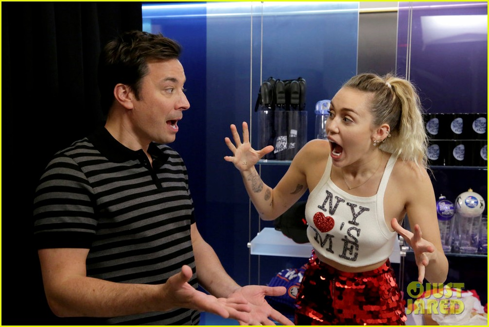 riverdale cast miley cyrus family face off in hilarious tonight show game show 053967996