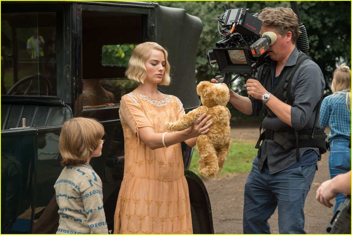 goodbye christopher robin exclusive stills 063971380