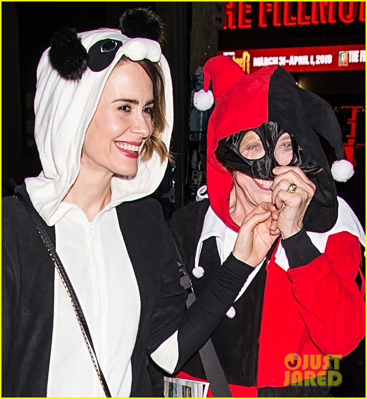 sarah paulson holland costume 023979566