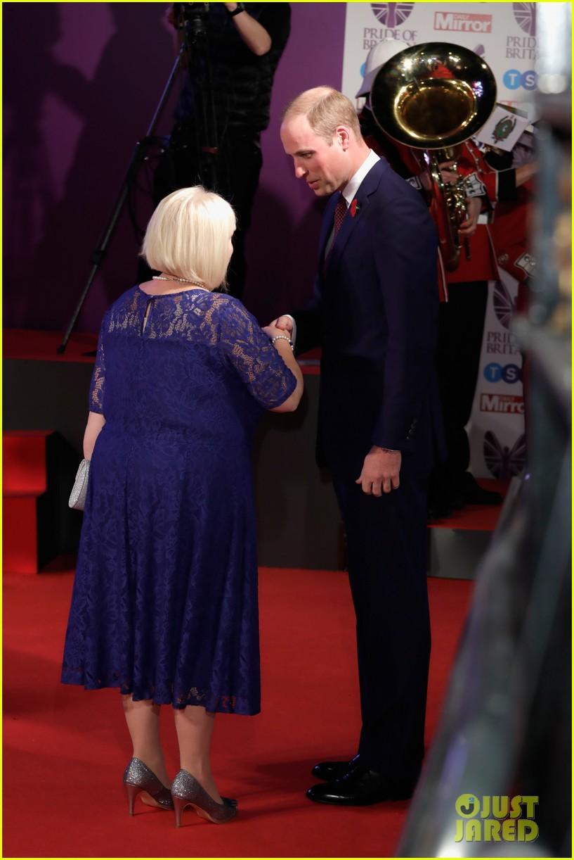 nicole scherzinger pride of britain prince william 053979974