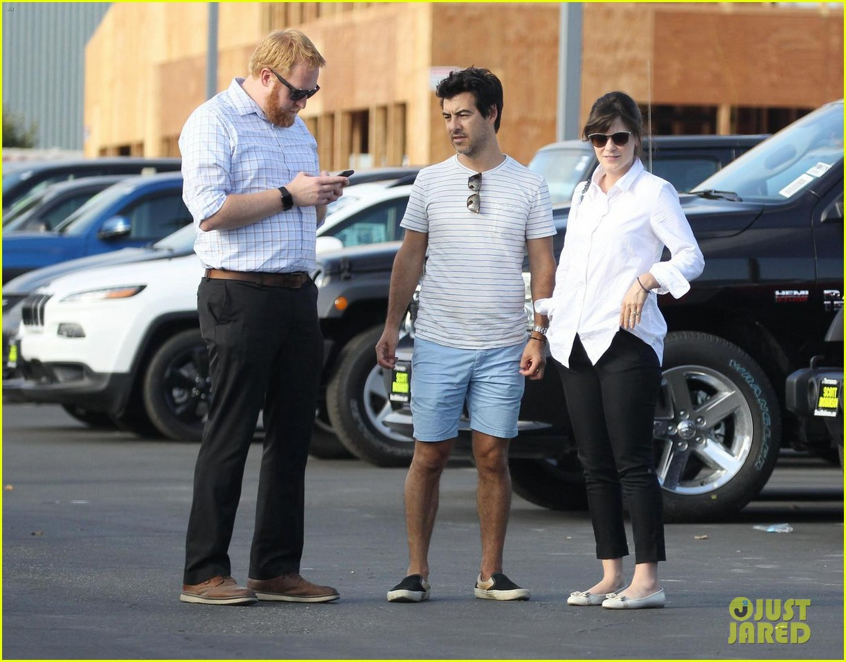 Zooey Deschanel Goes Car Shopping with Husband Jacob ...