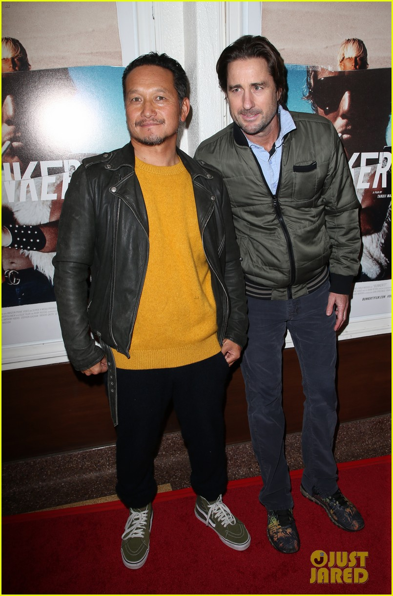gerard butler joel kinnaman step out to support bunker77 doc premiere 053981167