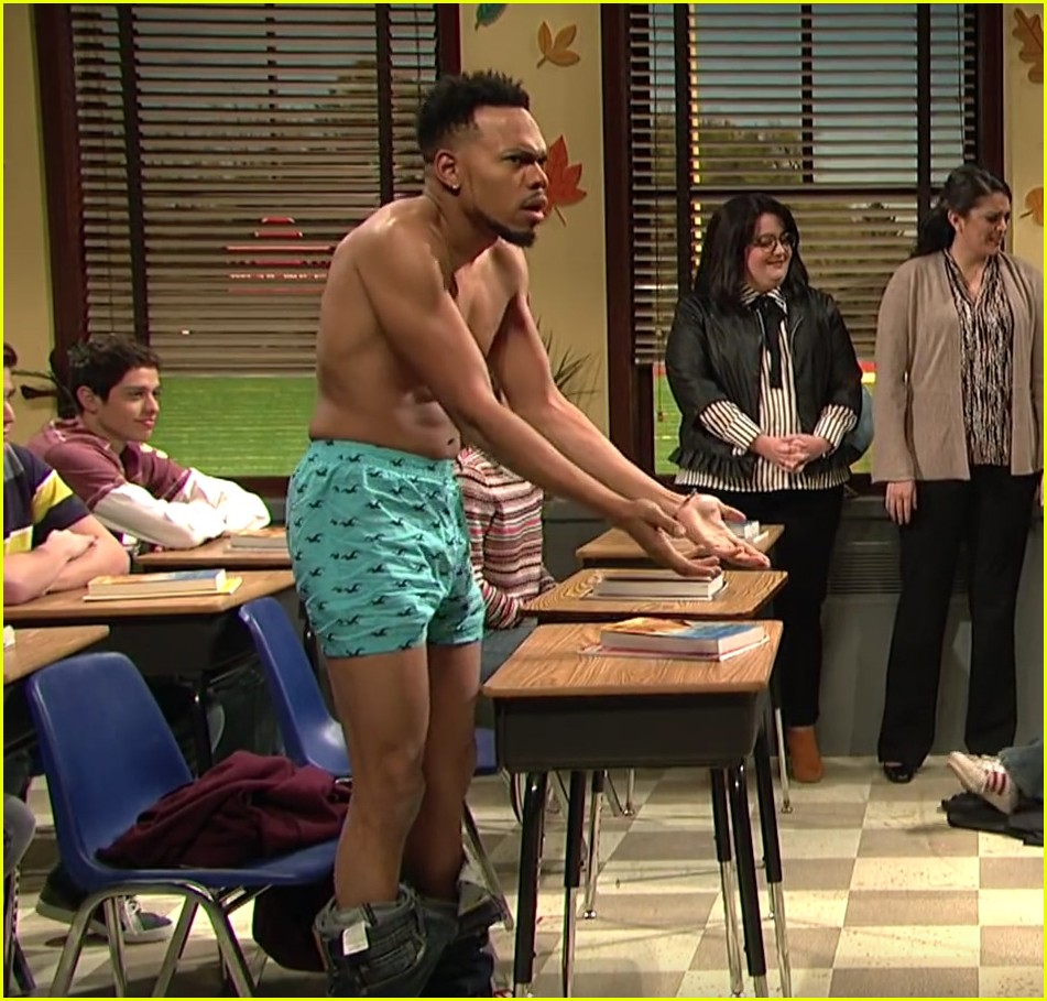 Chance The Rapper Stripped Down To His Underwear On SNL