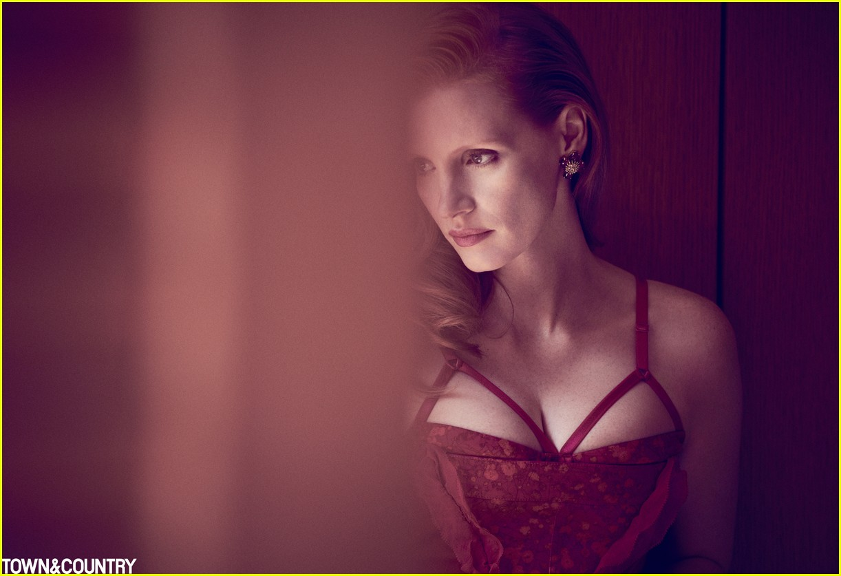 jessica chastain town country magazine 053987270