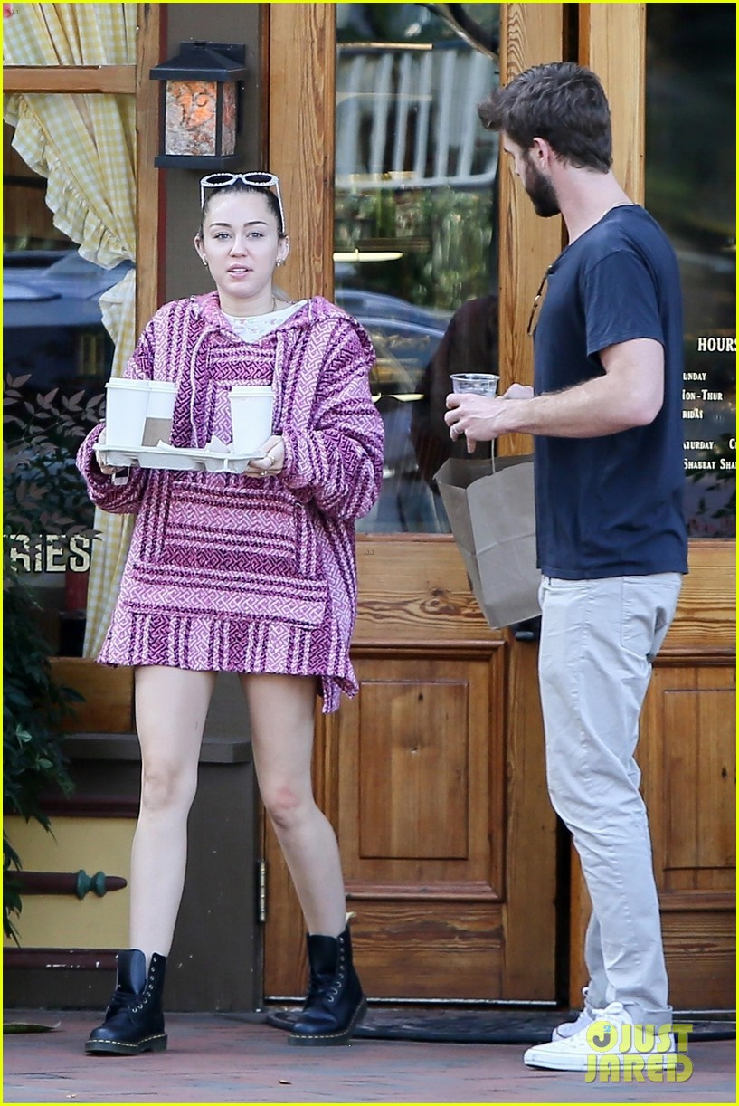 miley cyrus and liam hemsworth couple up coffee run 023984482