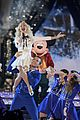 disney christmas special performers lineup 09