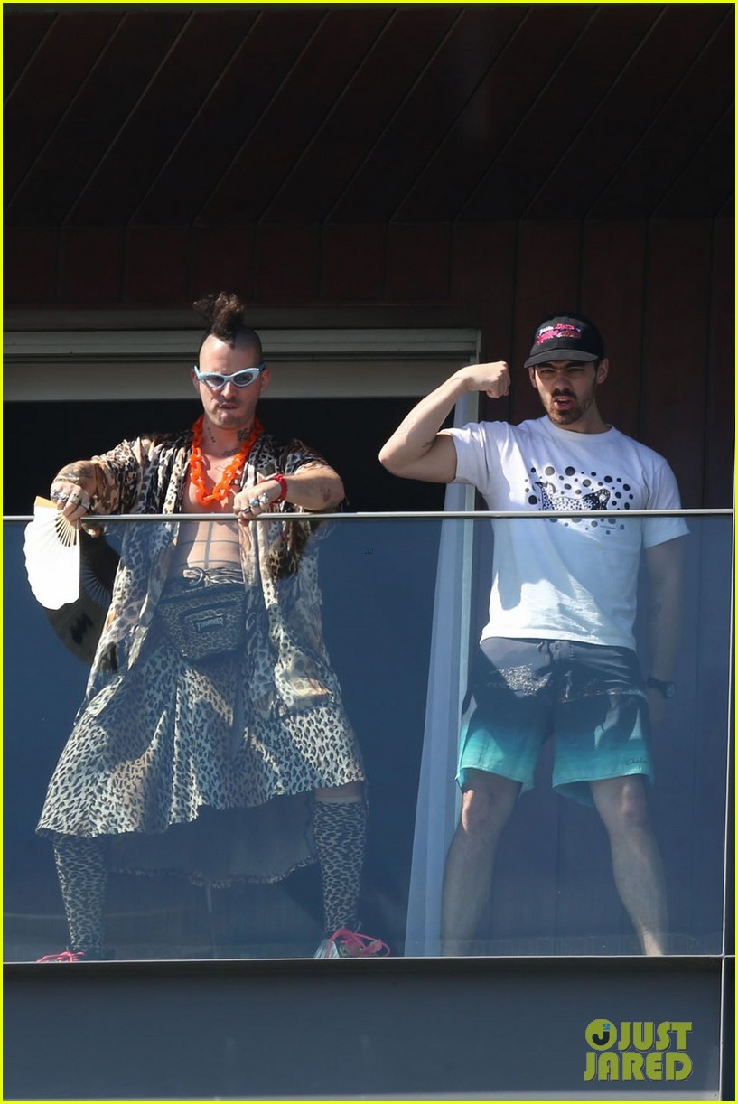 dnce have fun in rio ahead of bruno mars tour 083989354