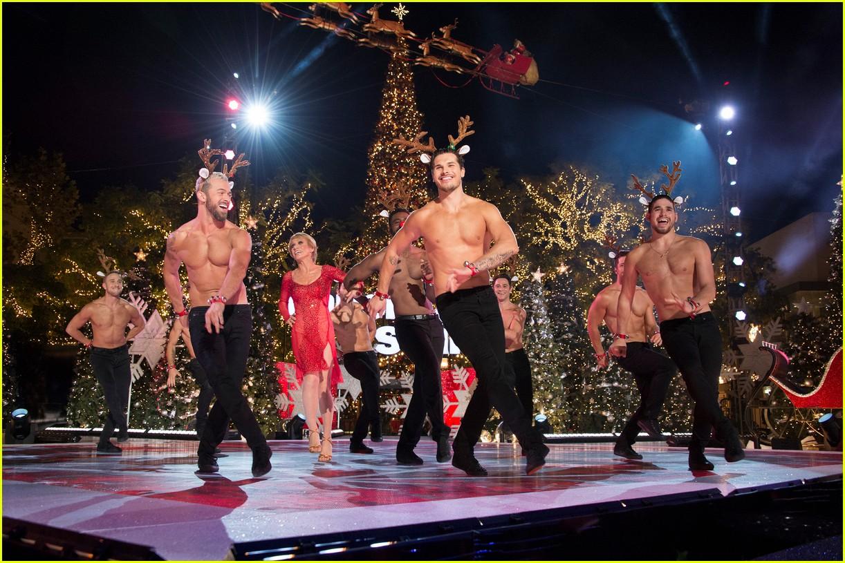 dancing with the stars men go shirtless sexy santas 123991460
