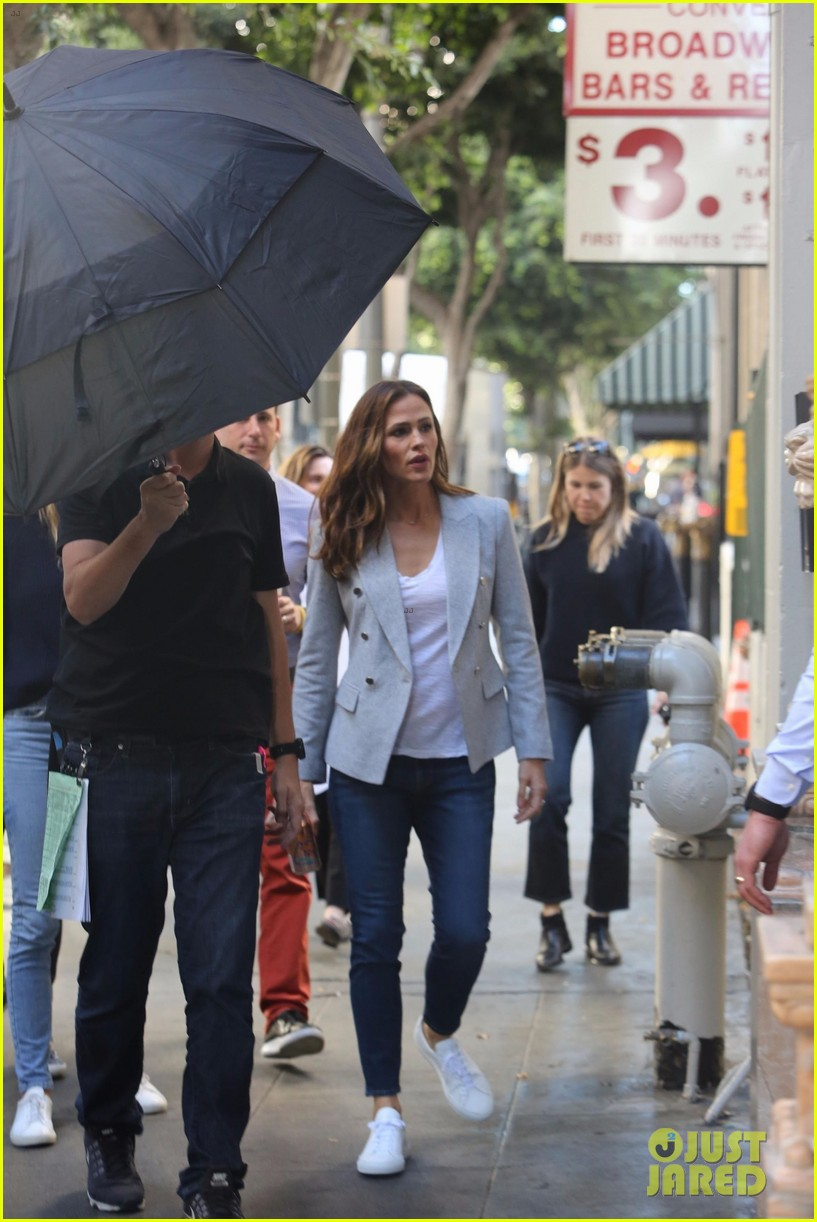 jennifer garner gets to work on upcoming movie peppermint 053984195