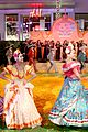jonathan groff idina menzel join coco cast at marigold carpet premiere 28