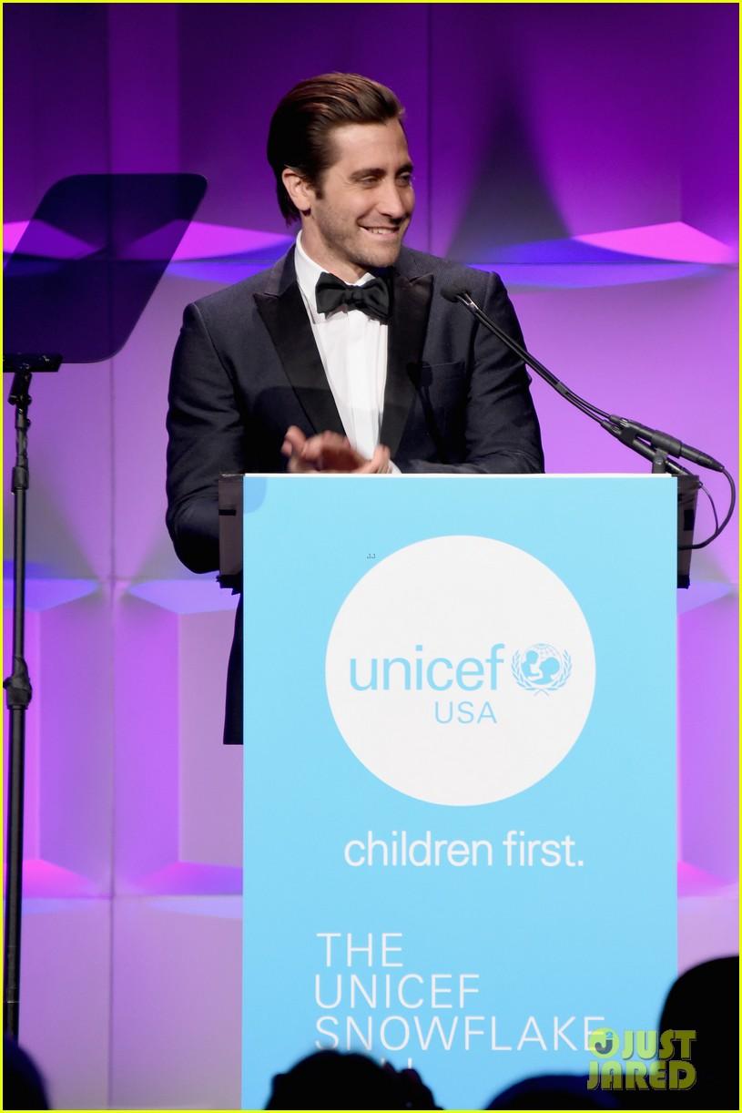 Jake Gyllenhaal Set To Play Art Critic In Upcoming Netflix