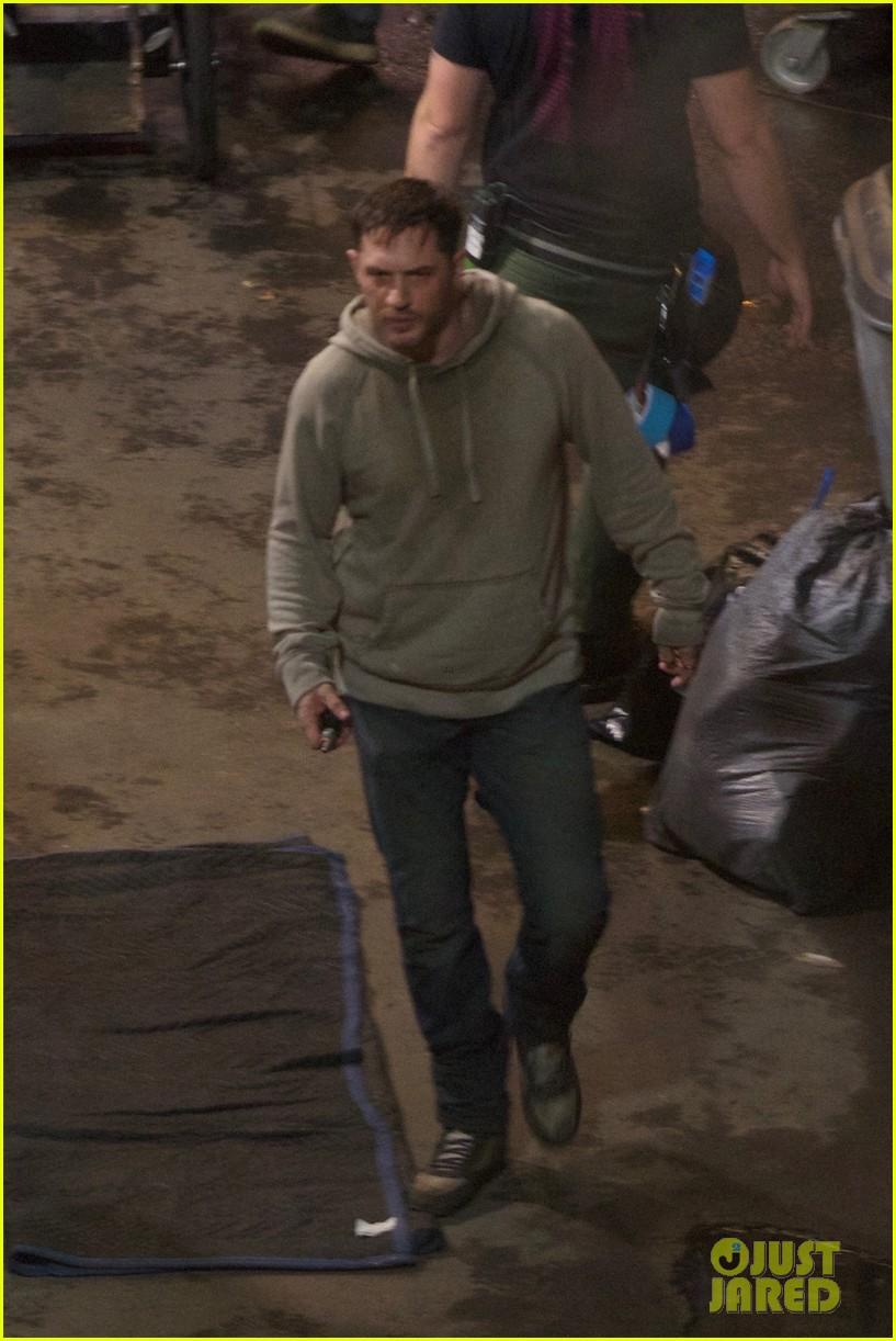 Tom Hardy Films Late Night 'Venom' Scene in Atlanta: Photo ...