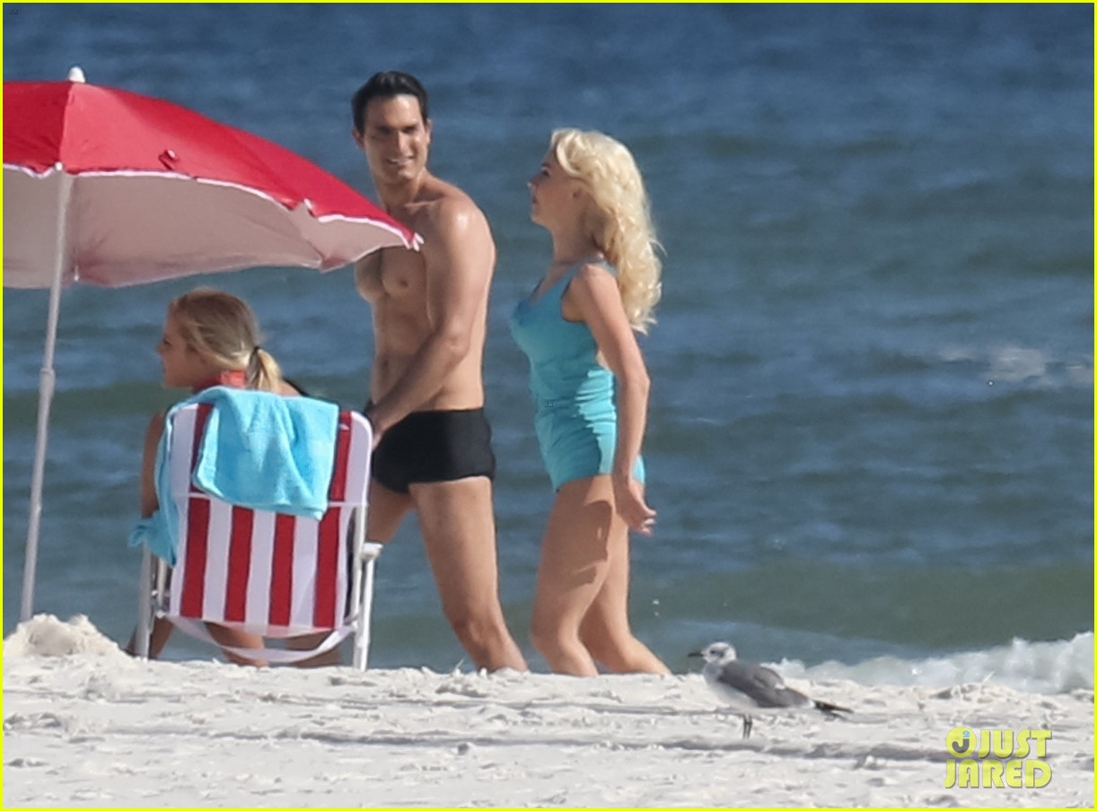 tyler hoechlin wears tiny swimsuit for bigger beach scene julianne hough 183988019