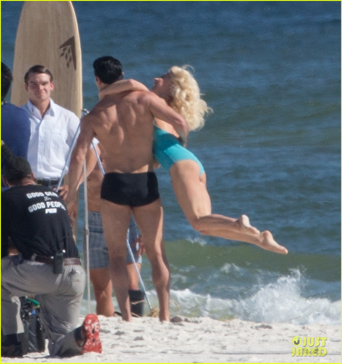 Tyler Hoechlin Wears Tiny Swimsuit For Bigger Beach