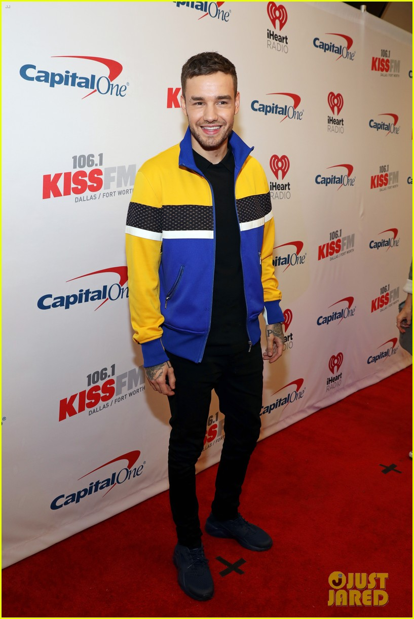 niall horan hailee steinfeld kesha and more hit the red carpet at kiss fms jingle ball 2017 103994078