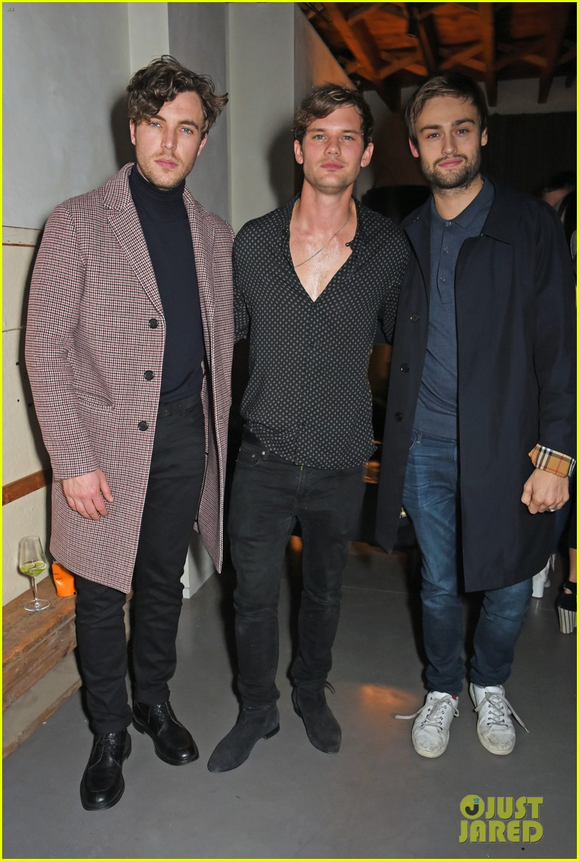 jeremy invine douglas booth mr porter party 033985582
