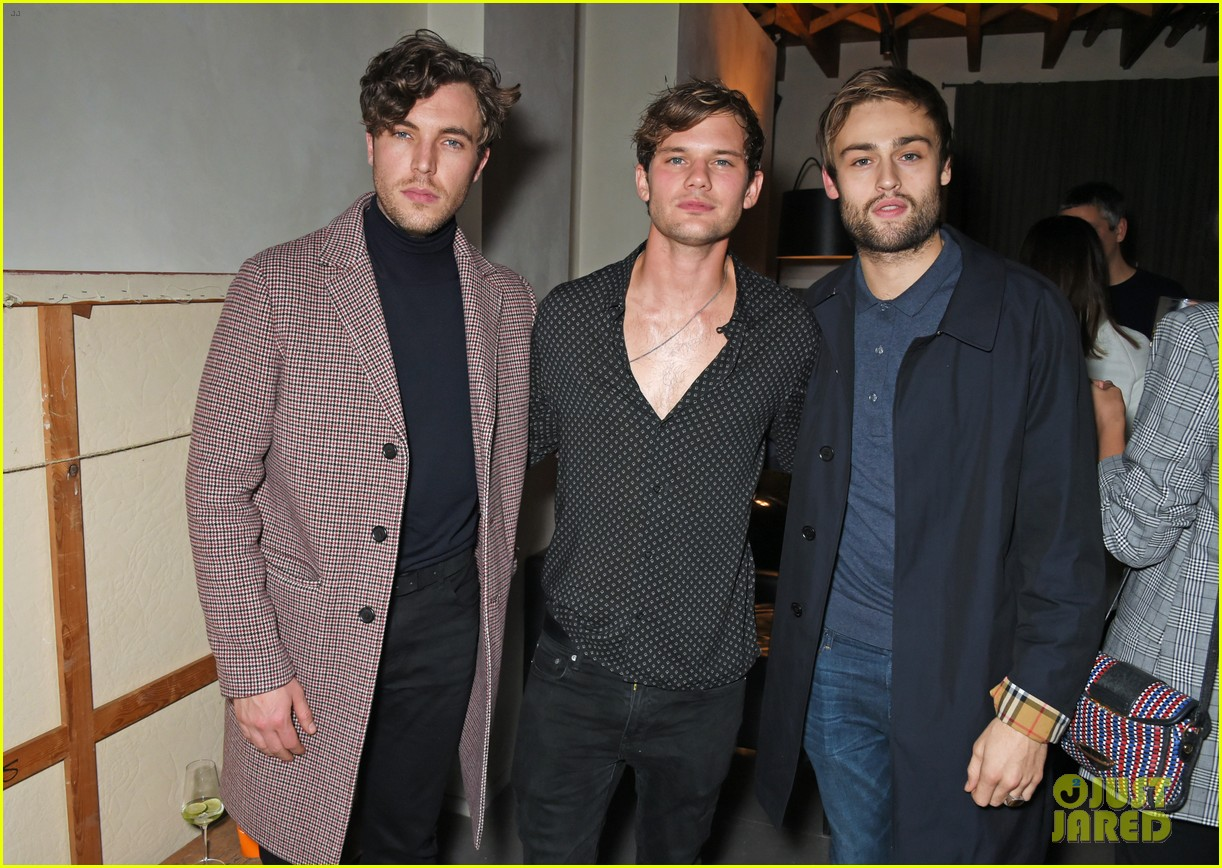 jeremy invine douglas booth mr porter party 173985596