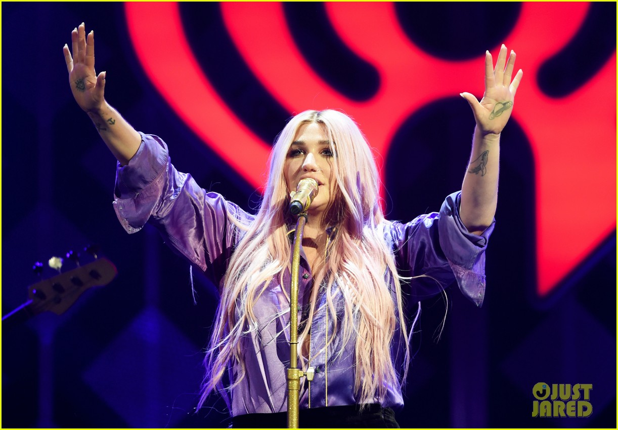 iheartradio jingle ball tour 2017 kicks off with star studded show in texas 043993773