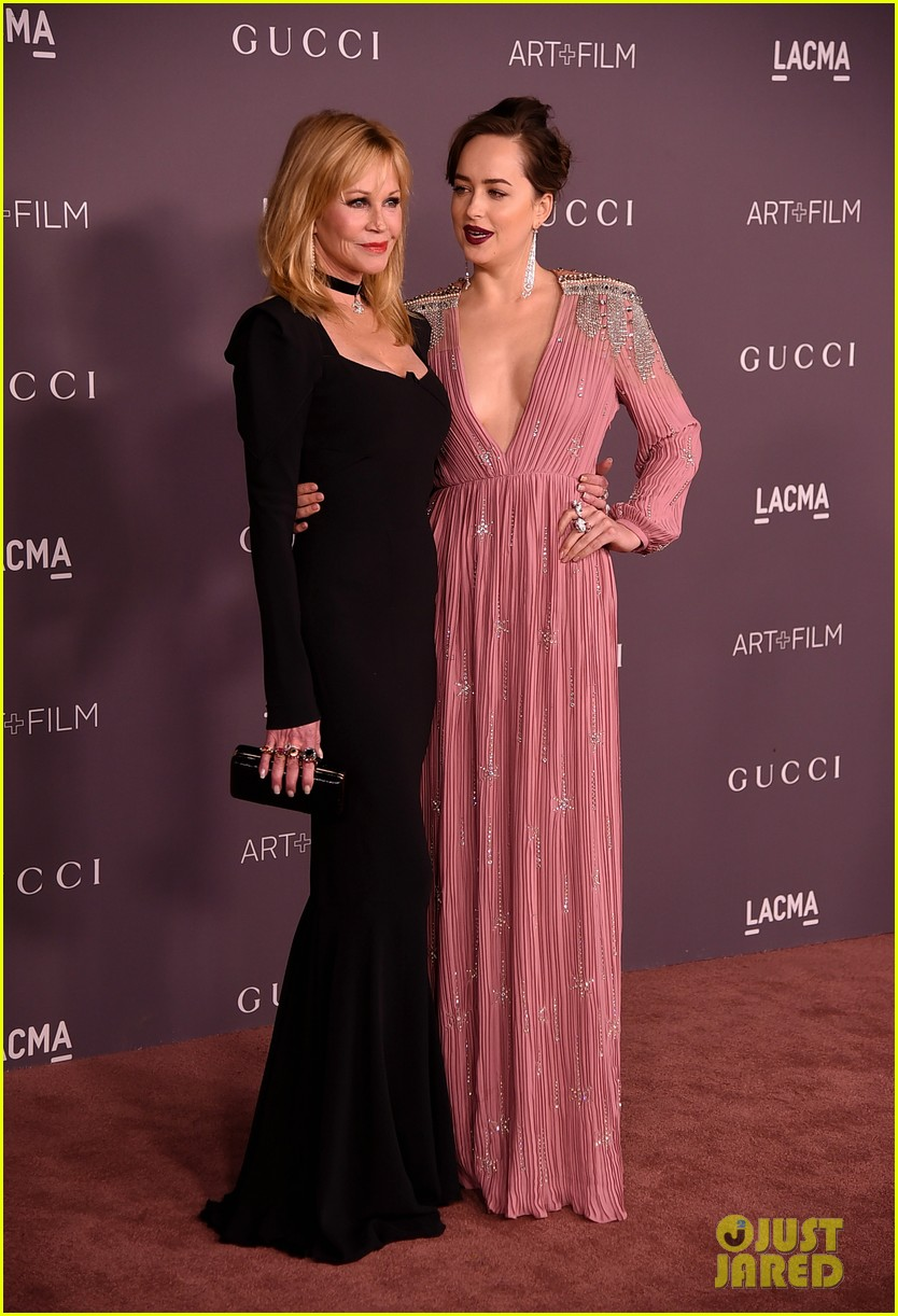 dakota johnson is pretty in pink for lacma gala 2017 023982419