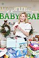 julie bowen christmas wrapping 14