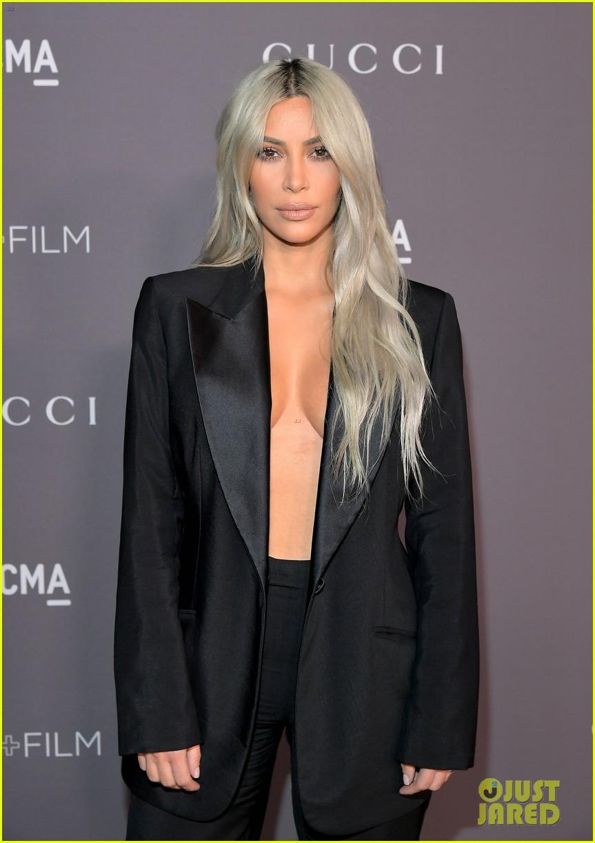 kim kardashian goes braless for lacma gala 013982407