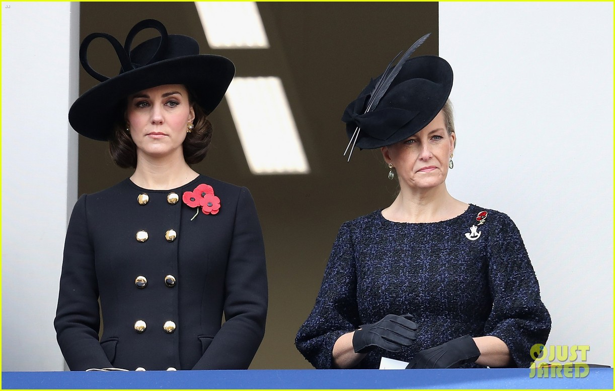 kate middleton remembrance sunday 023986266
