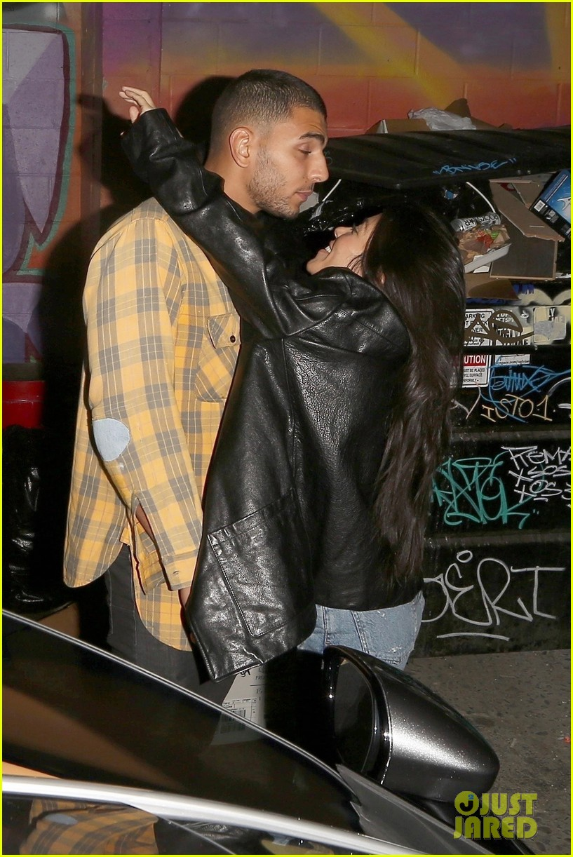 kourtney kardashian kiss younes bendjima 033981335
