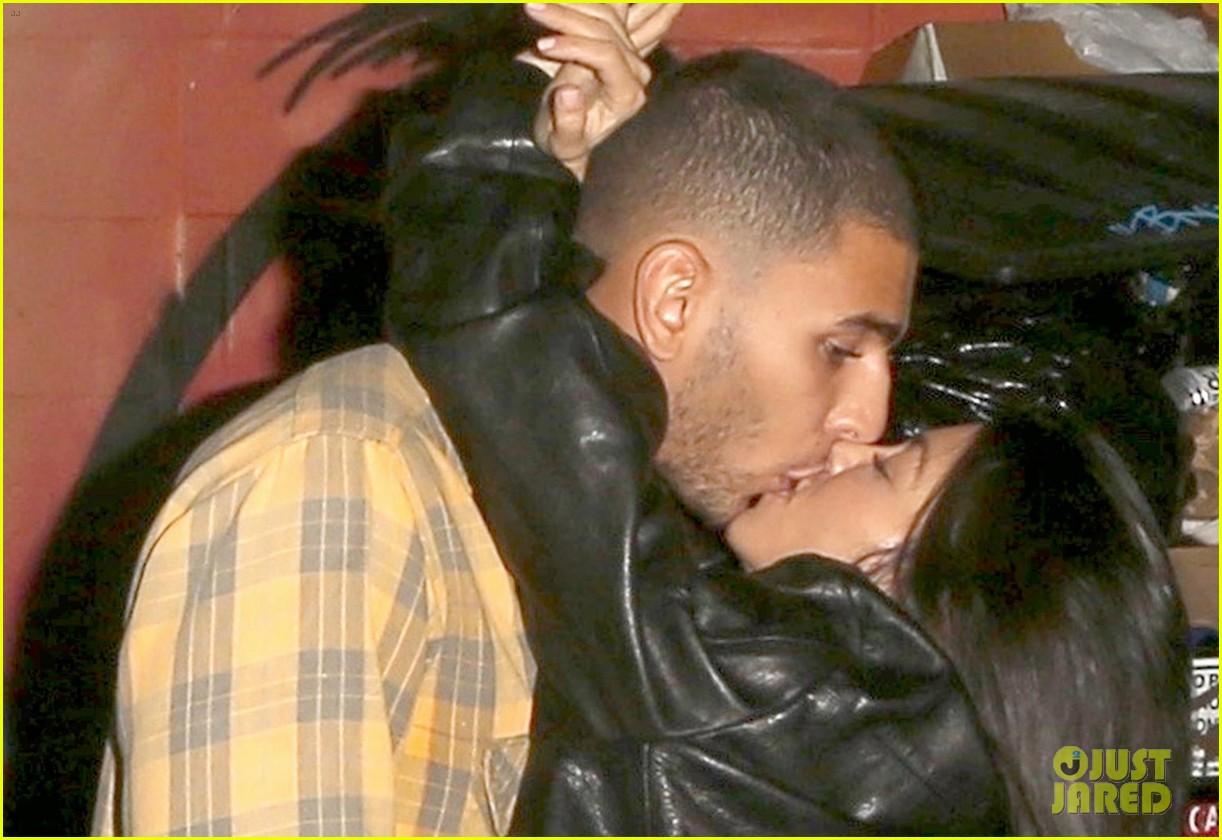 kourtney kardashian kiss younes bendjima 053981337