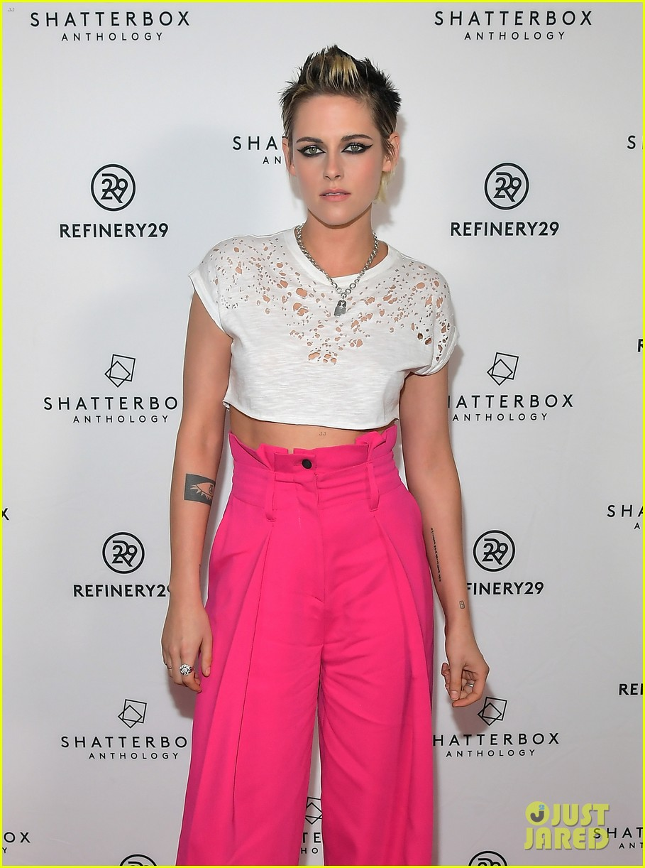 kristen stewart rocks neon pink pants for come swim premiere 063985090
