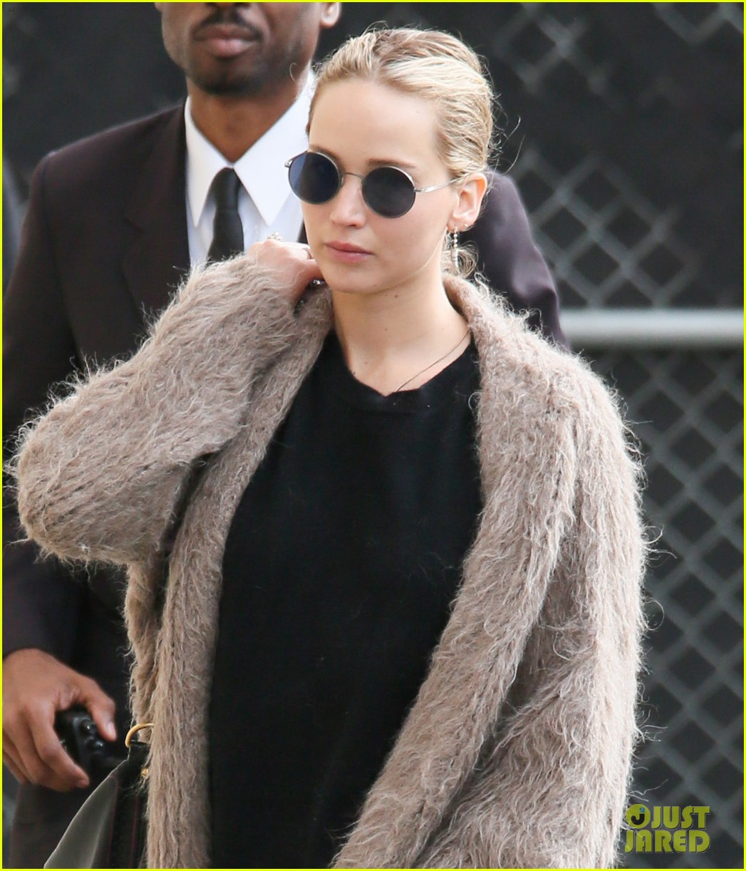 jennifer lawrence shares cute video of dog pippi 023981521