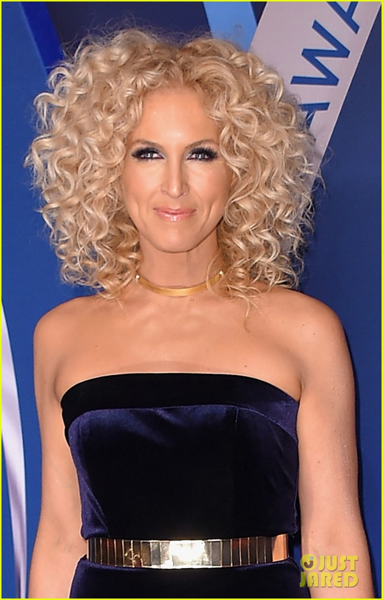 little big town get glam for the cma awards 2017 red carpet 013984580