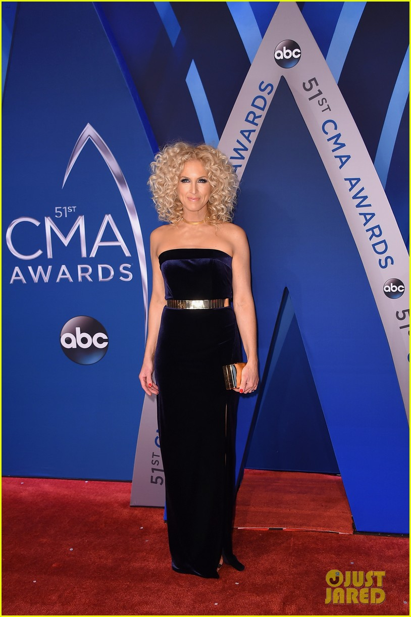 little big town get glam for the cma awards 2017 red carpet 053984584