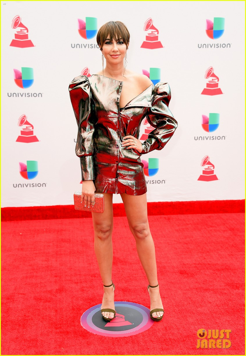 lin manuel miranda ana de armas and edgar ramirez join forces at latin grammys 2017 013988870