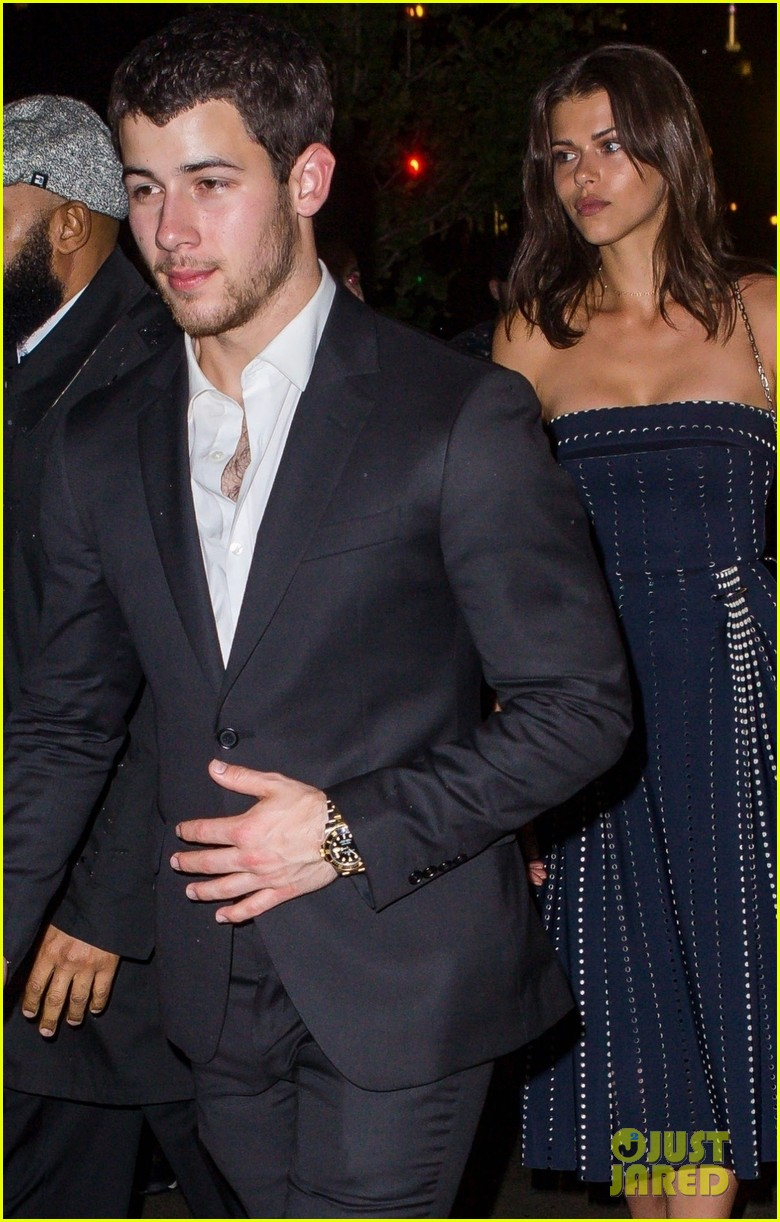 nick jonas is dating georgia fowler 053982776