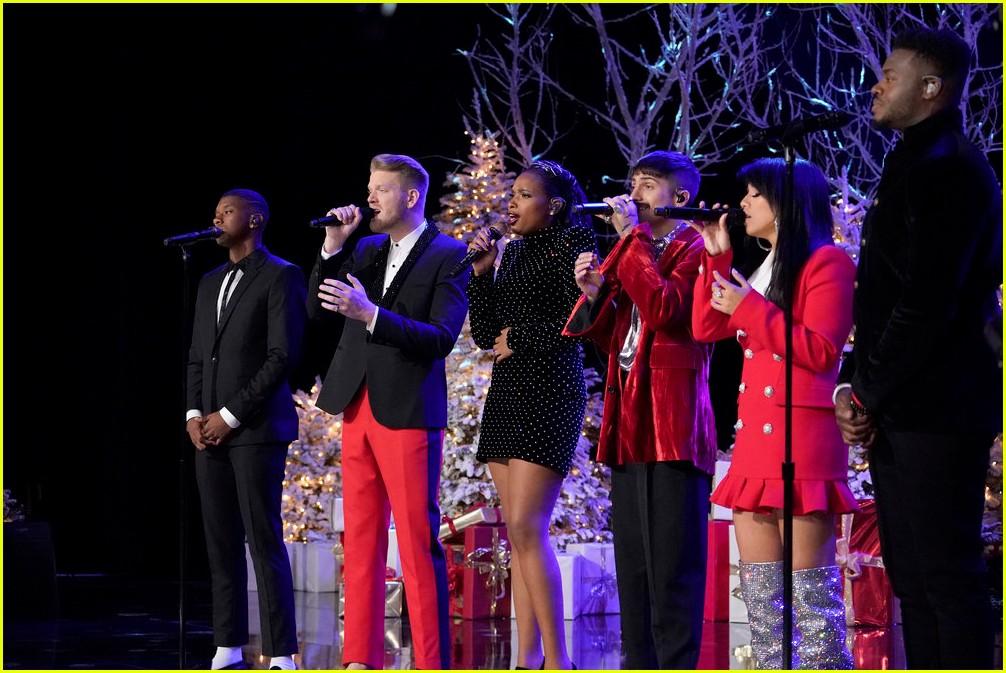 a very pentatonix christmas special 2017 guest performers lineup - Christmas Pentatonix
