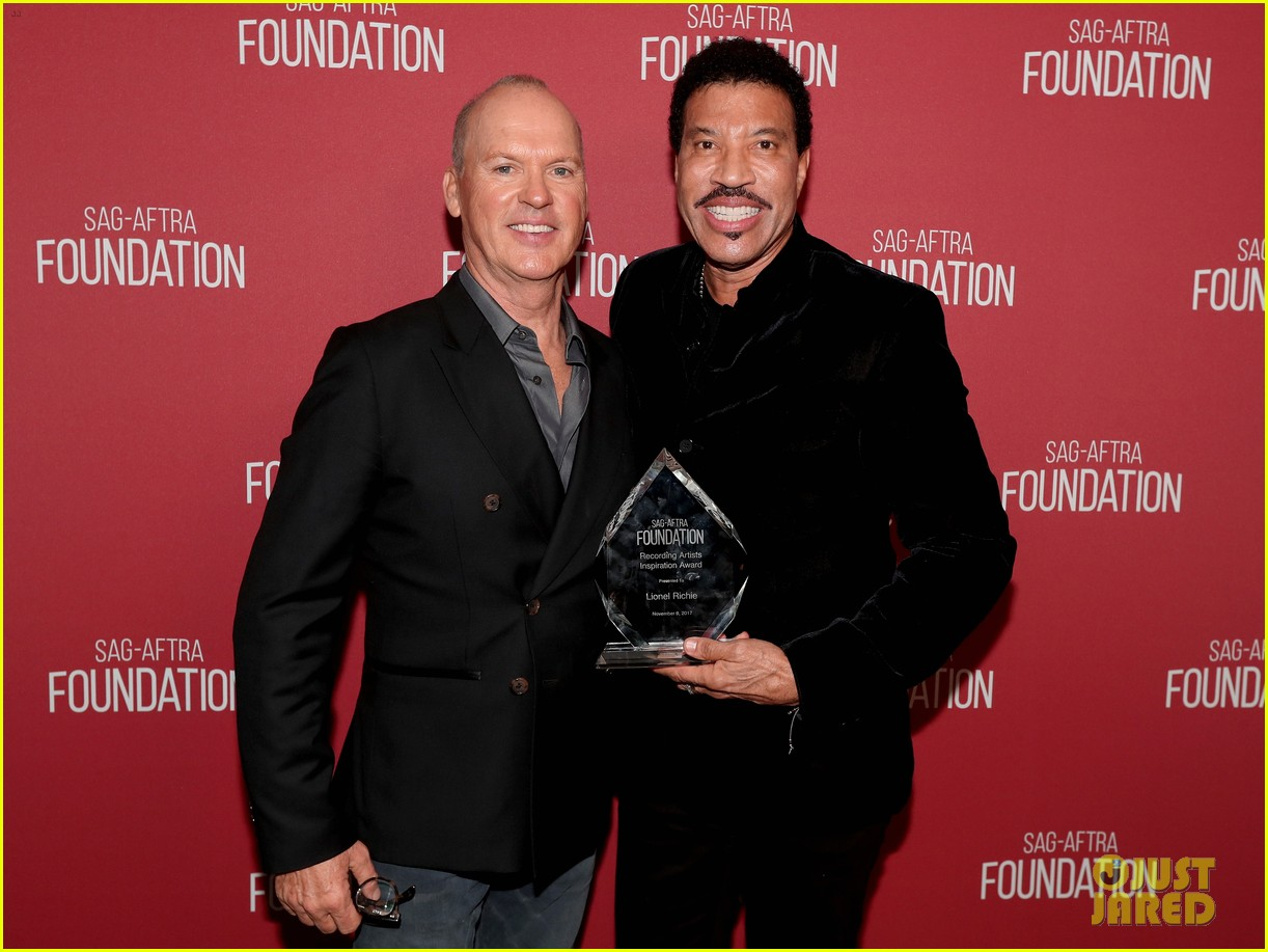 lionel richie and daughter sofia make rare red carpet appearance together 043985388