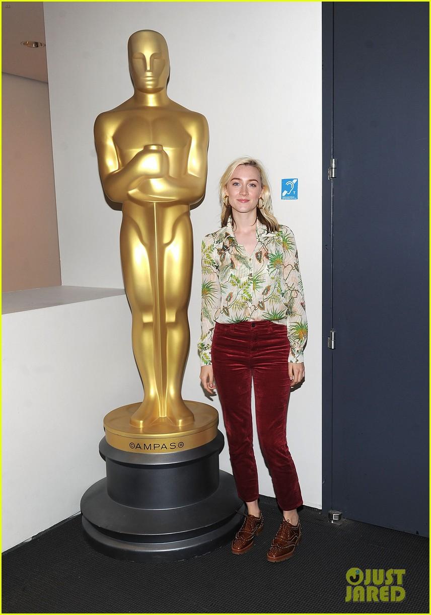 greta gerwig says her directorial debut lady bird wrote itself 093984261