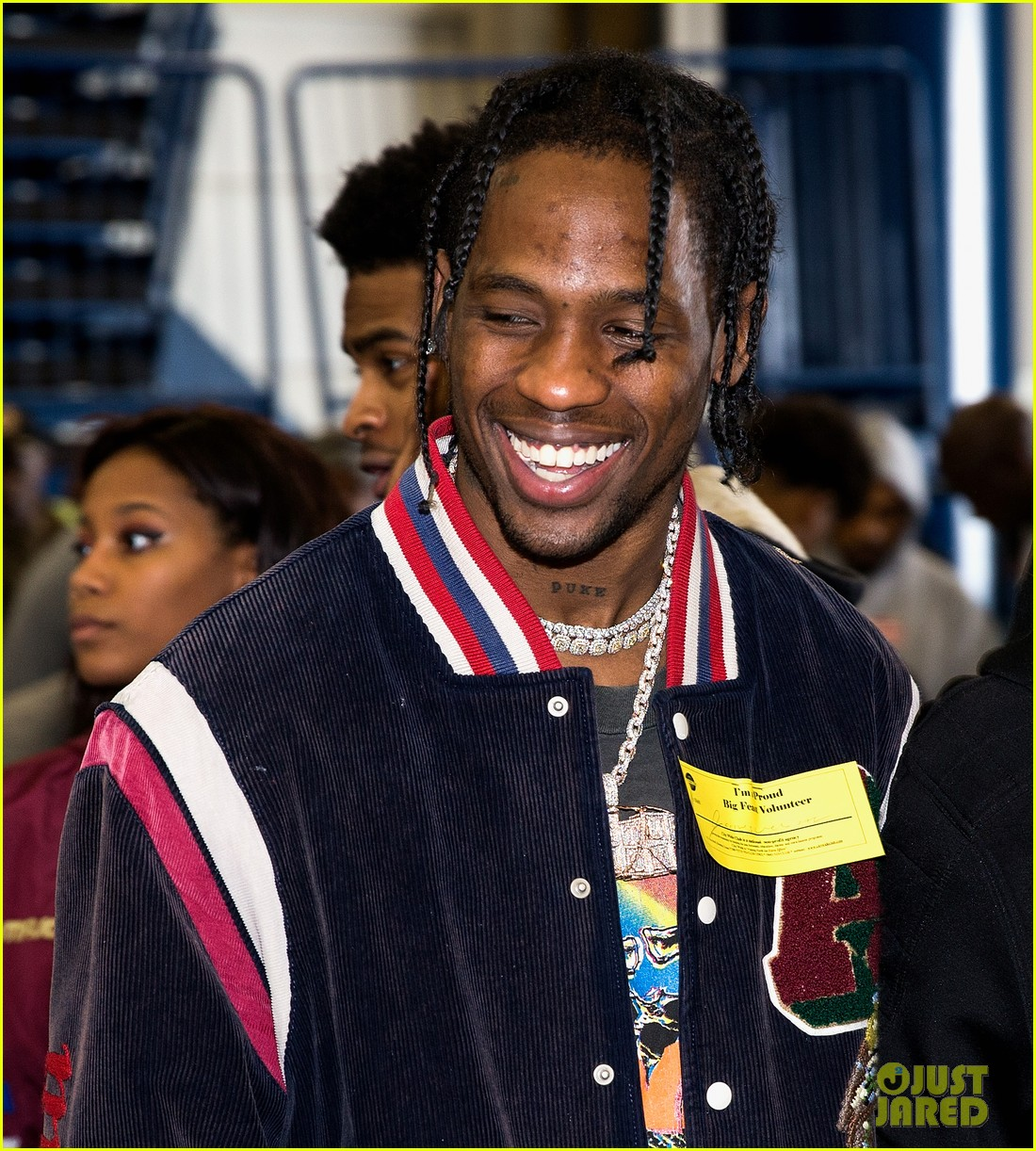 travis scott hosts hurricane harvey relief turkey drive 023992155