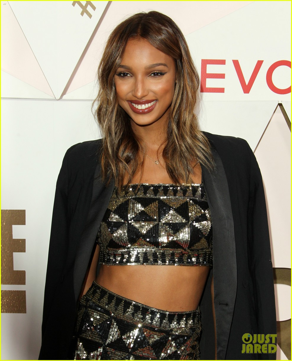 chrissy teign nicole richie get big honors at revolve awards 043981736