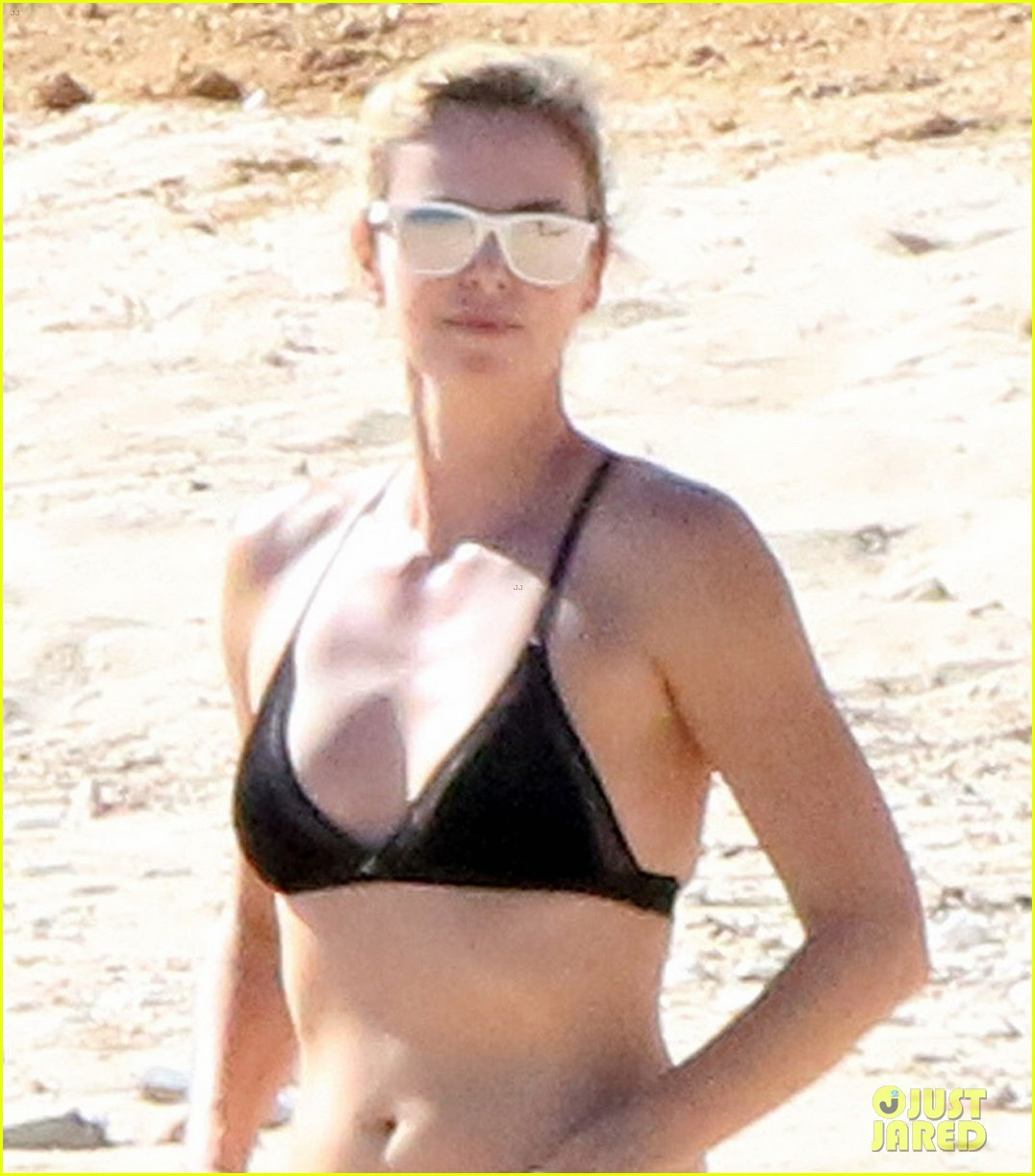 charlize theron hits the beach in cabo on thanksgiving day 063992047