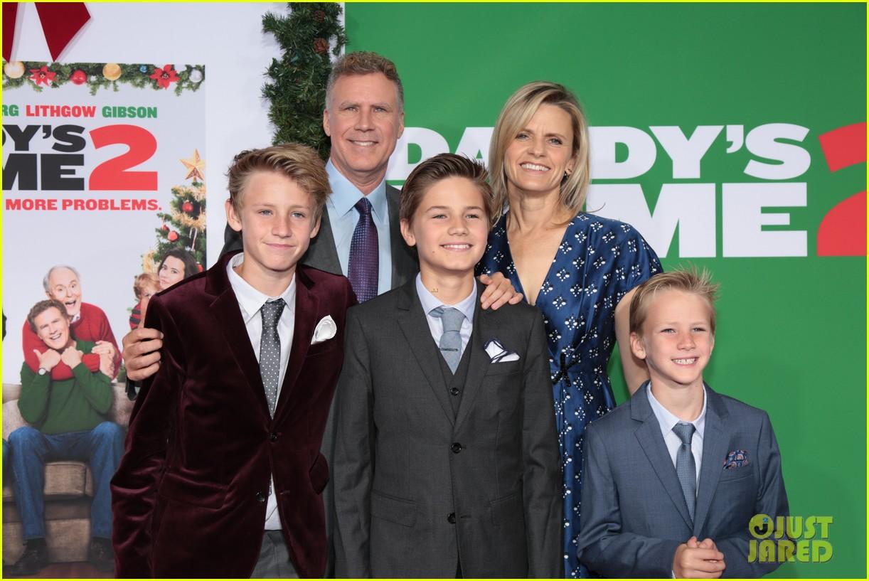 Home gym mark wahlberg  Mark Wahlberg, John Cena & Will Ferrell Celebrate 'Daddy's Home 2 ...