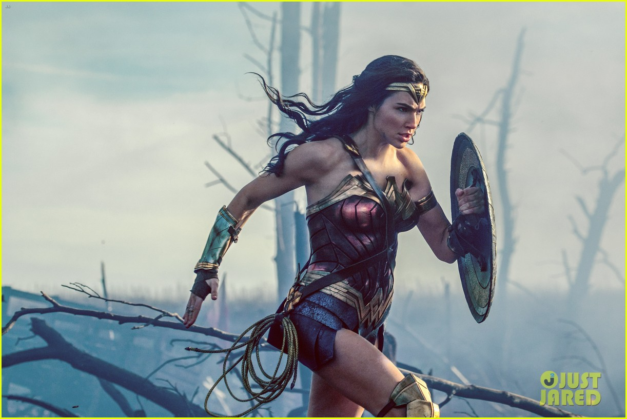 wonder woman movie stills gal gadot 023986767