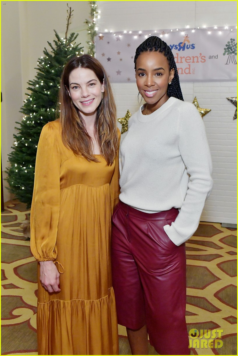 jessica alba kelly rowland michelle monaghan more celebrate at baby2baby holiday 014002526