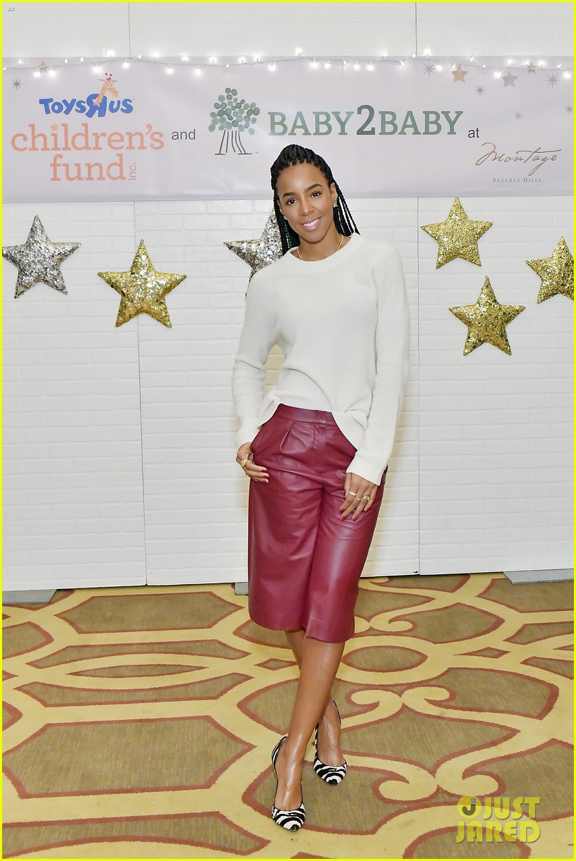 jessica alba kelly rowland michelle monaghan more celebrate at baby2baby holiday 084002533
