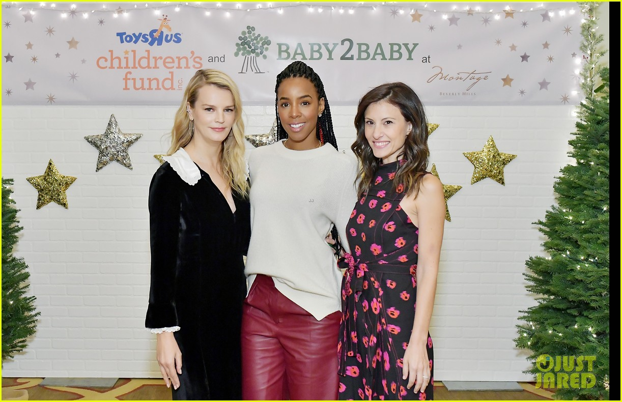 jessica alba kelly rowland michelle monaghan more celebrate at baby2baby holiday 184002543