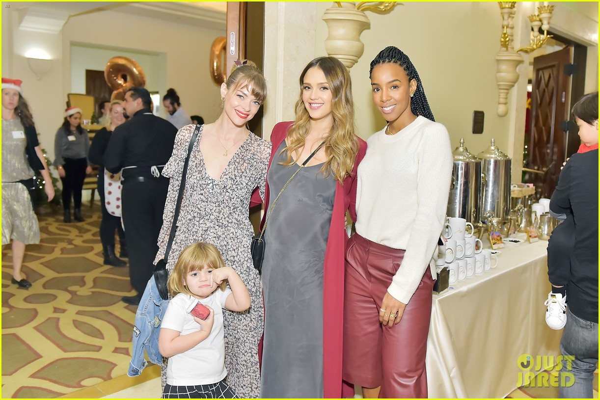 jessica alba kelly rowland michelle monaghan more celebrate at baby2baby holiday 314002556