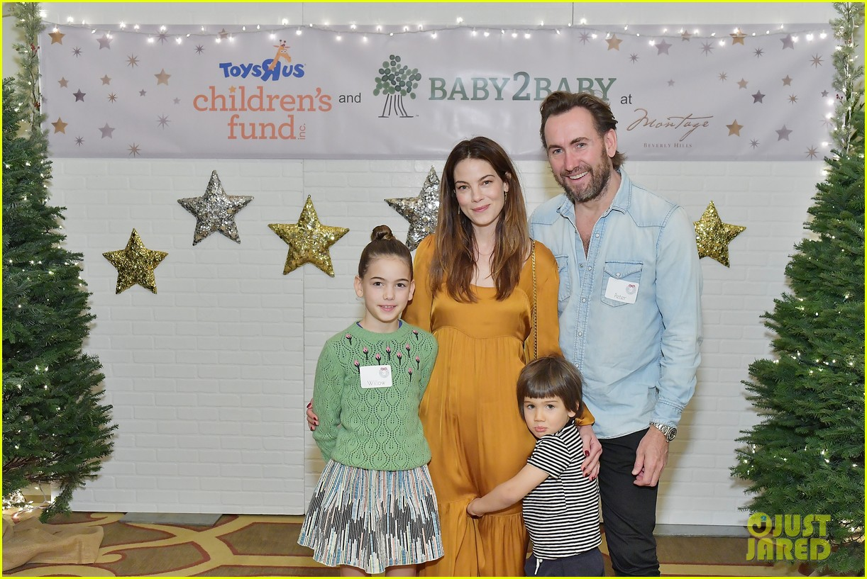 jessica alba kelly rowland michelle monaghan more celebrate at baby2baby holiday 384002563