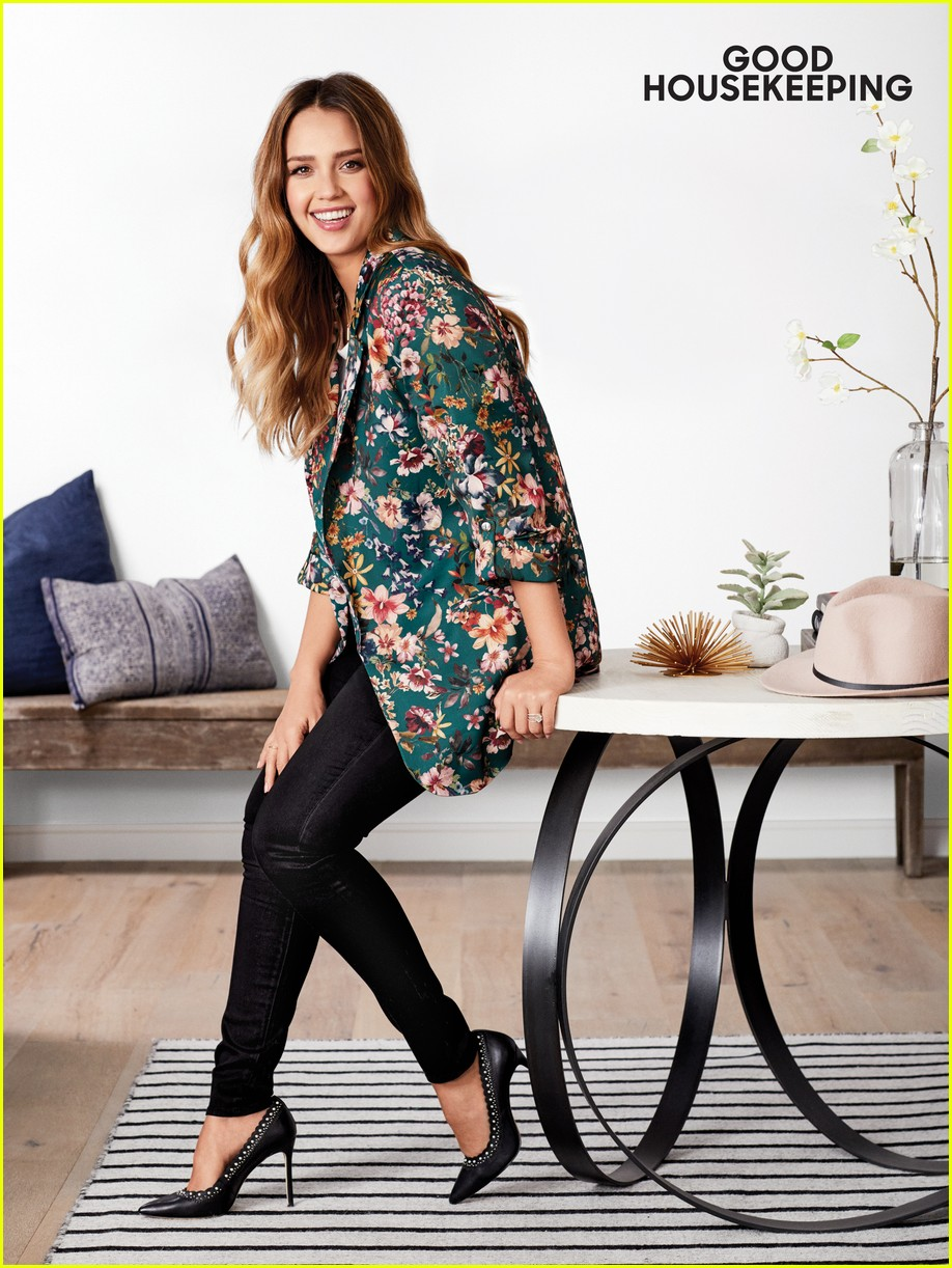 jessica alba good housekeeping 023998173