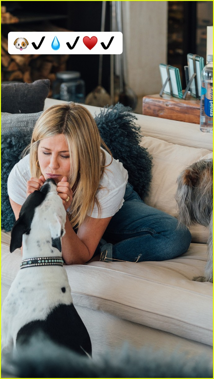 jennifer aniston day in the life 053997173