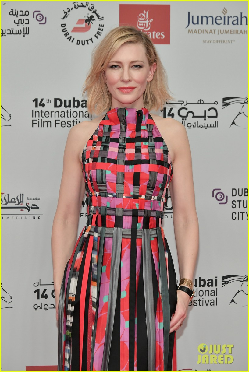 cate blanchett helps kick off the dubai international film festival 2017 013998272